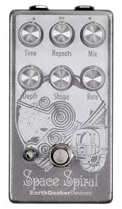 EarthQuaker Space Spiral Modulated Delay